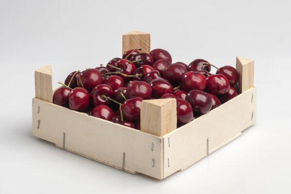 box, cherries, smurf