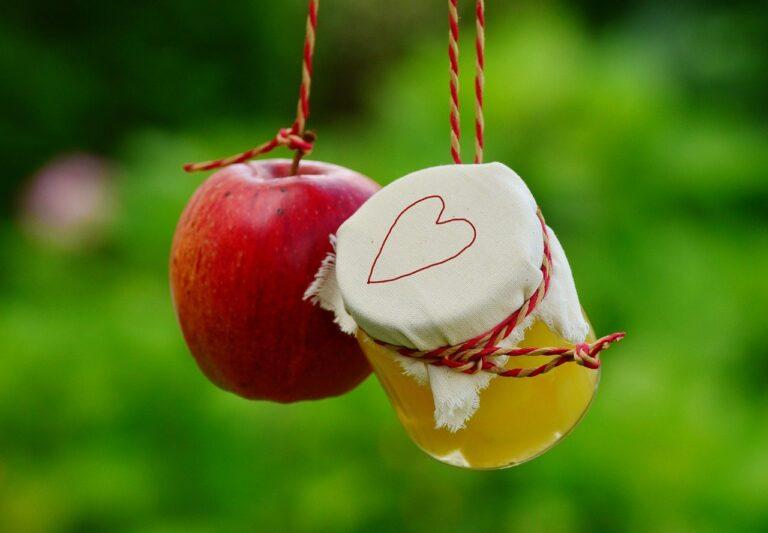 apple, apple compote, jar-1574331.jpg
